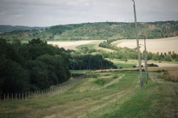 Auf dem Kolonnenweg zurück ins Tal