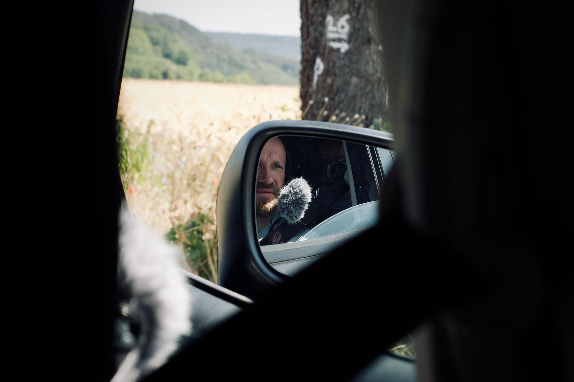 Im Auto unterwegs im Grenzland