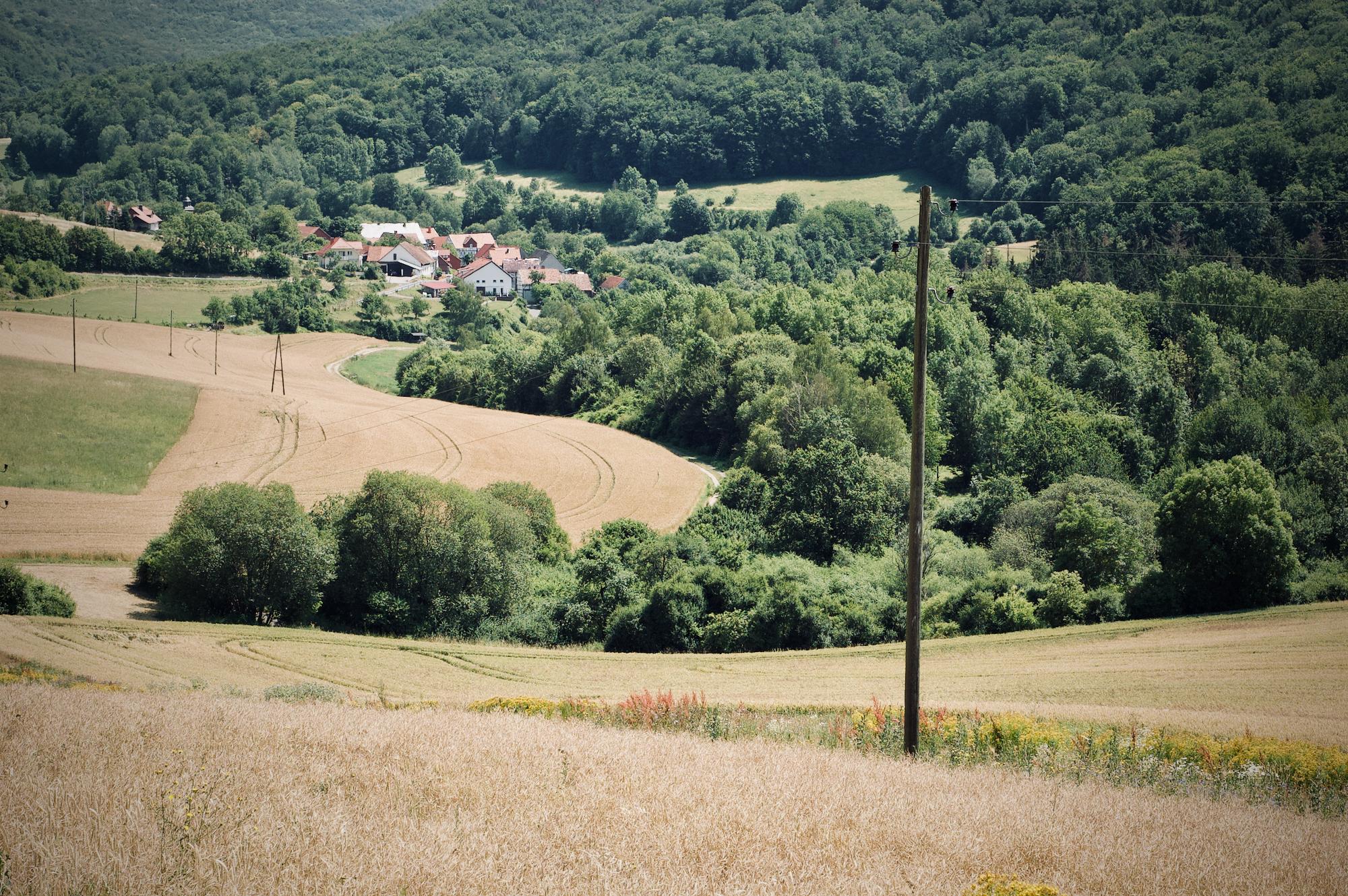Blick auf das Dörfchen Asbach direkt an der ehemaligen Grenze
