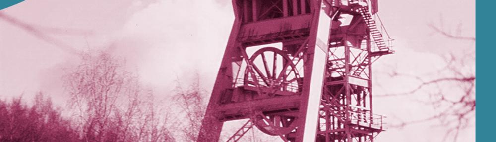 Schacht 371, ehemaliger Hauptschacht auf der Lagerstätte Niederschlema-Alberoda, Bergbaubetrieb Aue) Quelle: Geomartin, (CC BY-SA 3.0)